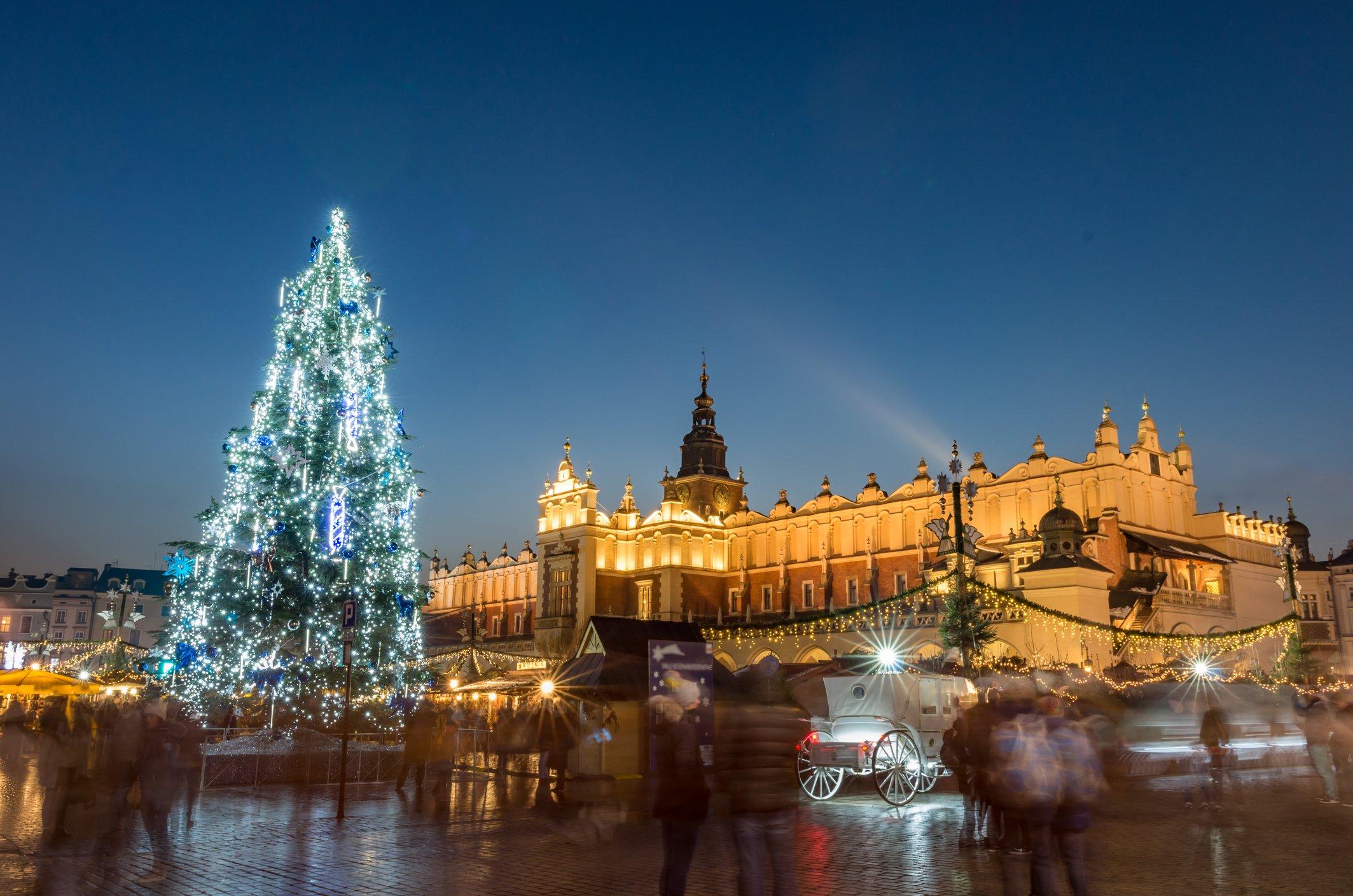 Krakow: Poland City Break to Award Winning Hotel w/Flights & Breakfast
