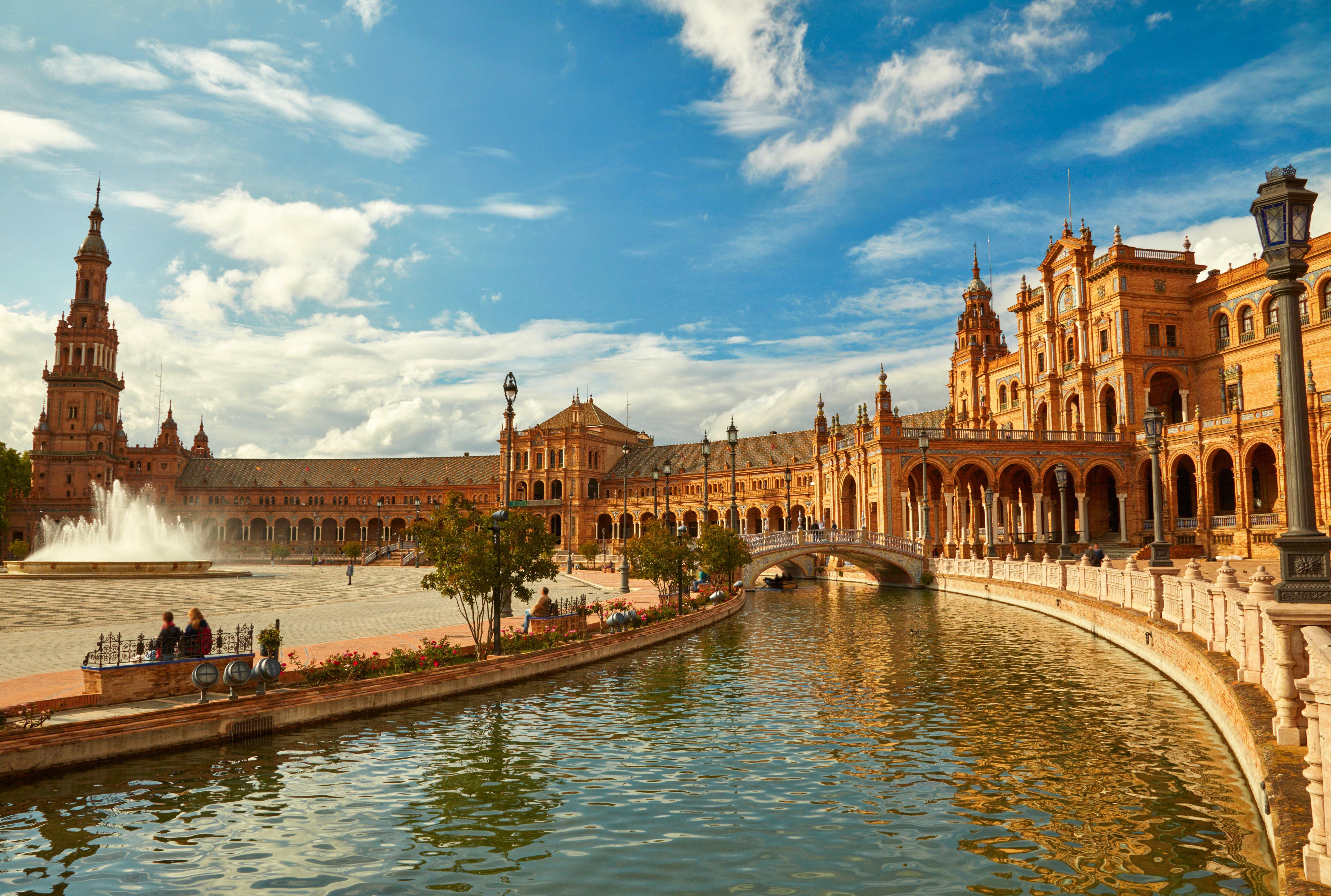 Seville: 3 Nt City Break to Award Winning Hotel w/Flights
