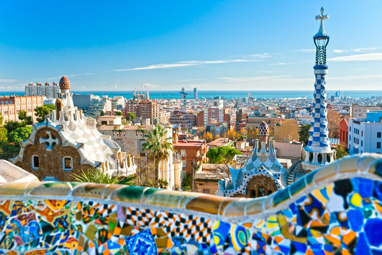 Barcelona: 4 Star Short Break w/Spa, Rooftop Pool & Flights