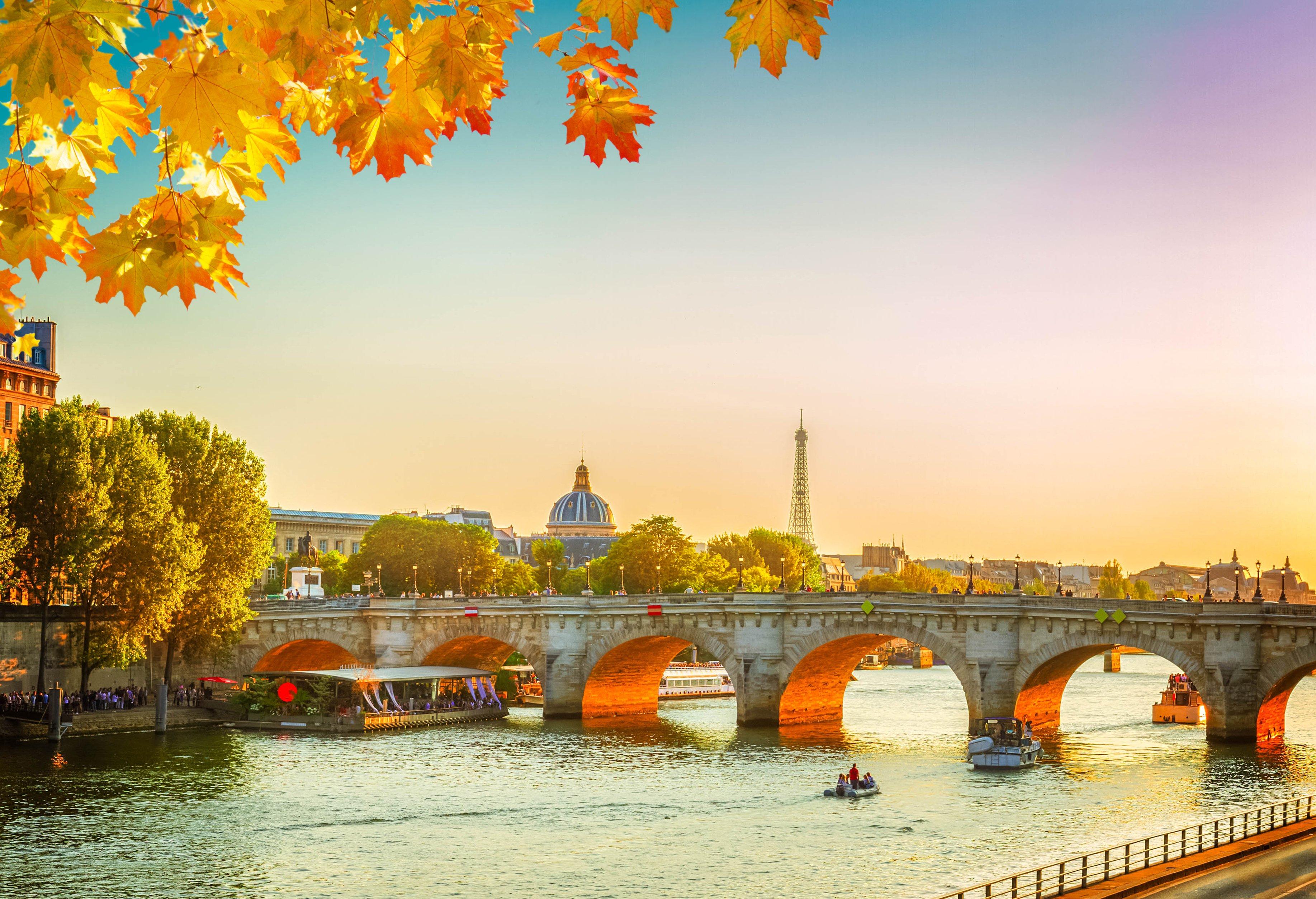 Paris: City Break to Montmartre Hotel w/Flights