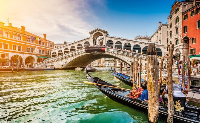 Venice: Award Winning 4 Star Hotel with Breakfast & Flights