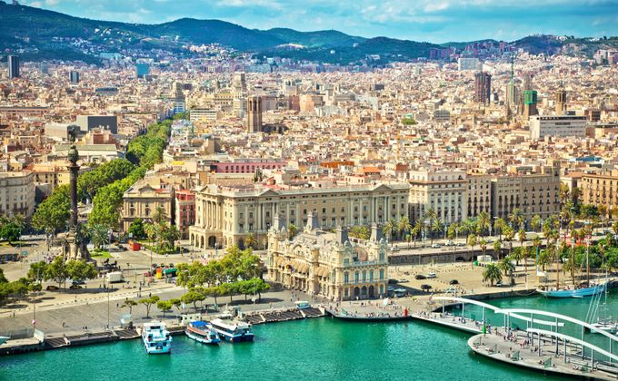 Barcelona: 4 Star Short Break w/Spa, Rooftop Pool & Flights