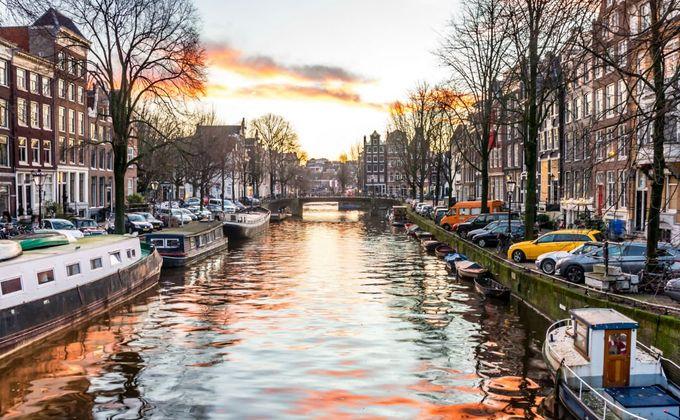 Amsterdam: 4 Star City Break Incl Breakfast & Flights w/Sky Bar & Kids Stay FREE