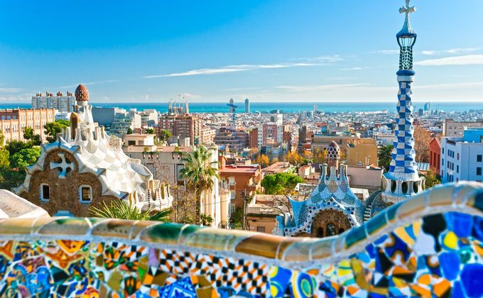 Barcelona: 4 Star Short Break Close to the Beach w/Flights & Breakfast