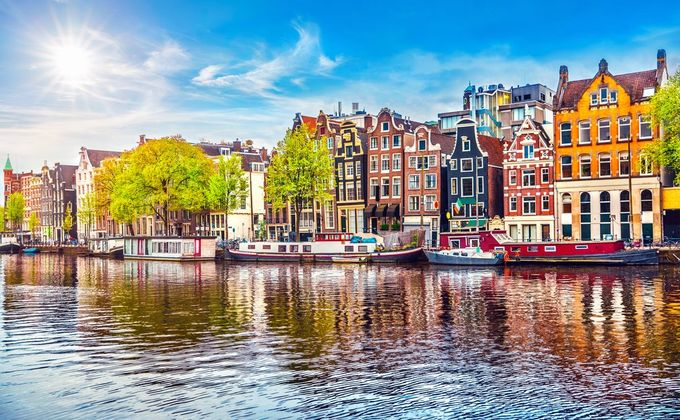 Amsterdam: 4 Star City Break to Award Winning Hotel w/Spa, Indoor Beach & Kids Stay FREE