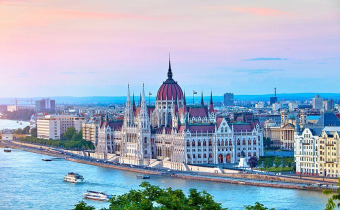 Budapest: 4 Star Boutique City Break w/Flights & Spa