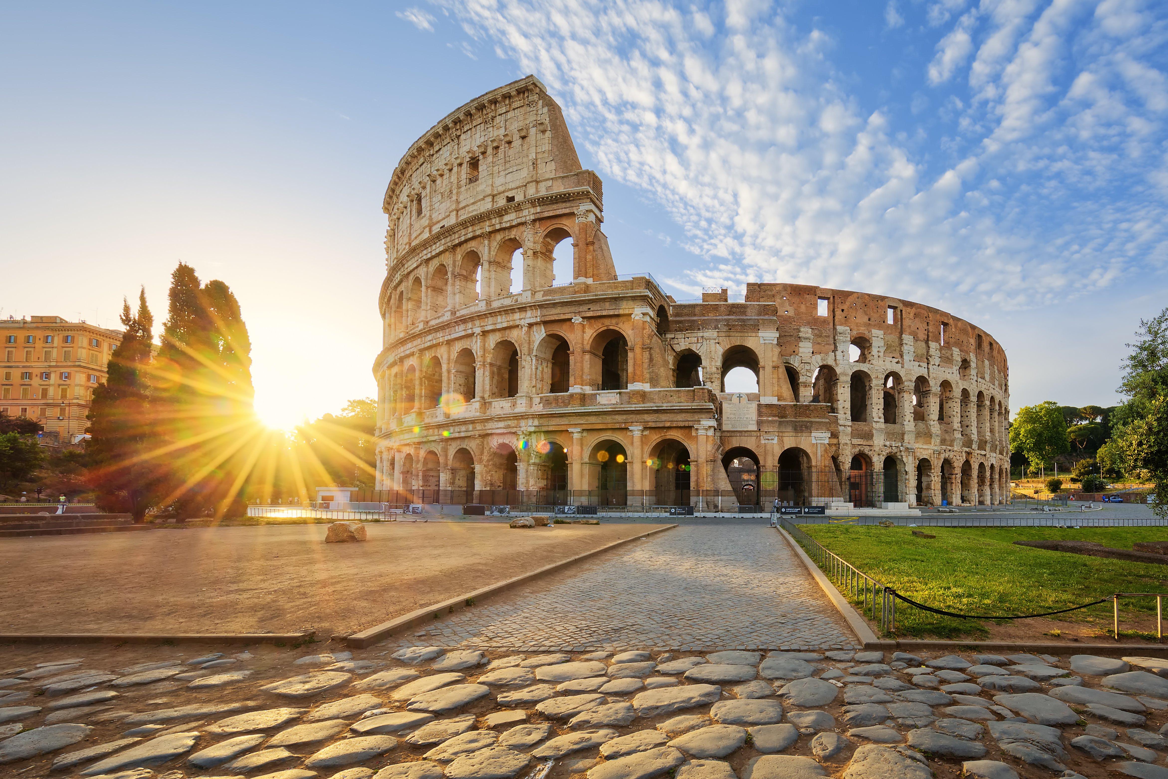 Rome: 4 Star Short Break to Award Winning Hotel w/Flights
