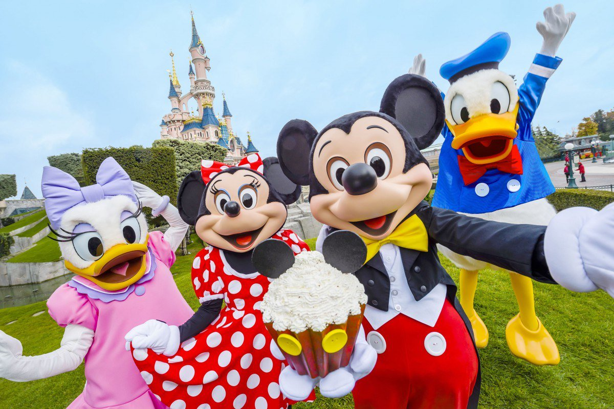 Disneyland Paris®: 4 Star Circus Themed Short Break w/Flights & Swimming Pool
