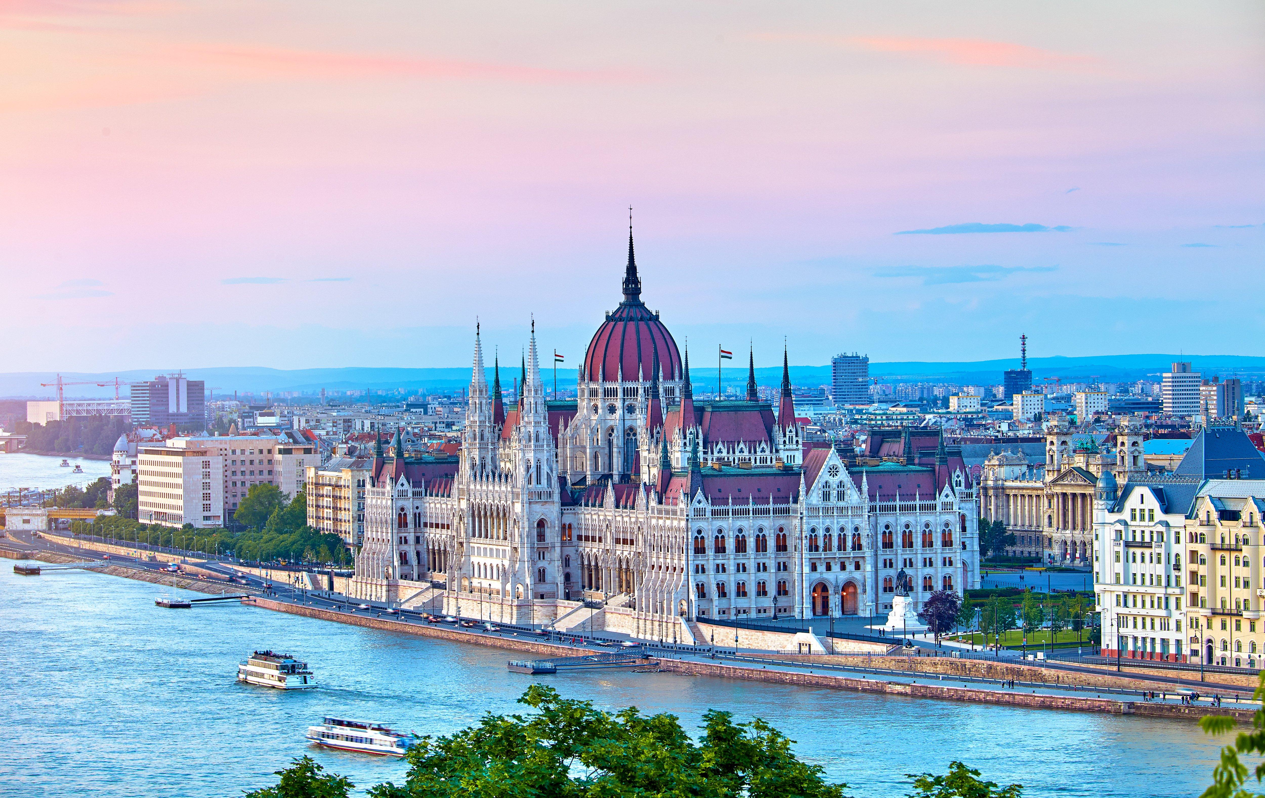 Budapest: City Break to Award Winning Hotel w/Flights & Breakfast