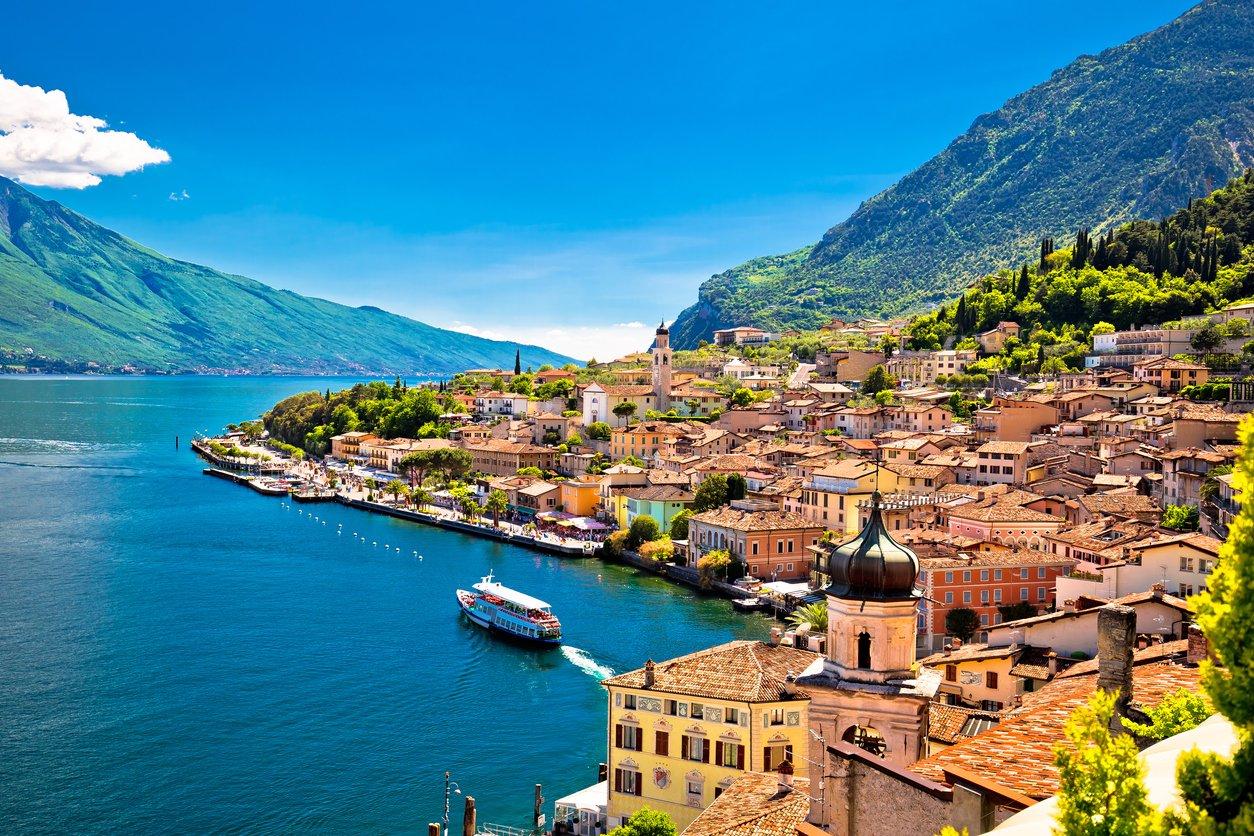 Lake Garda: Short Break to Award Winning Hotel w/Breakfast & Flights
